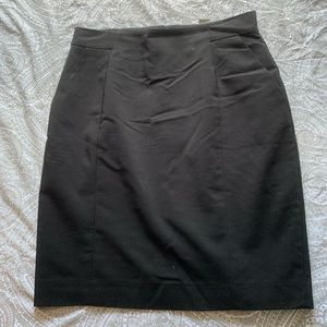 H&M Black high waisted business skirt with pockets